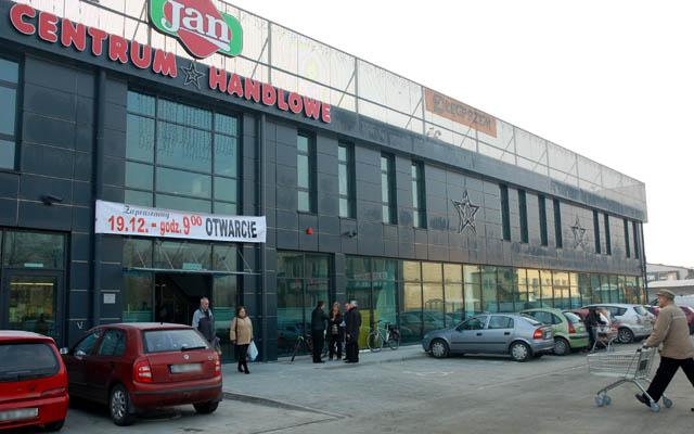 b6e42b33bd1ad Nowe centrum handlowe już otwarte