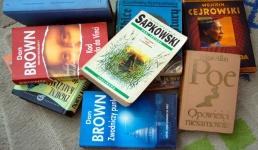 Książki z szafkomatu? Taki pomysł w czasach zarazy