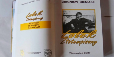 To książka opisująca najobszerniej wadowicki okres życia Karola Wojtyły