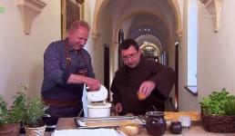 Kucharz Remigiusz Rączka odwiedził Karmel. Co ugotował?