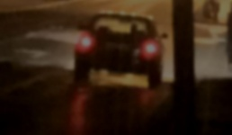 Podejrzany samochód z wygaszonymi światłami krąży po okolicy. Mieszkanka ostrzega