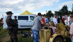 Wadowice organizują na stadionie piknik militarny